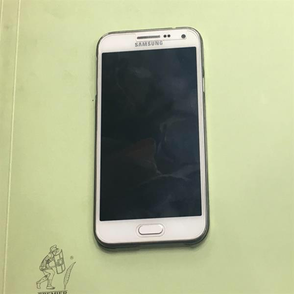 Used Samsung J-7 White 3 Month Used Condition Good Very Good in Dubai, UAE