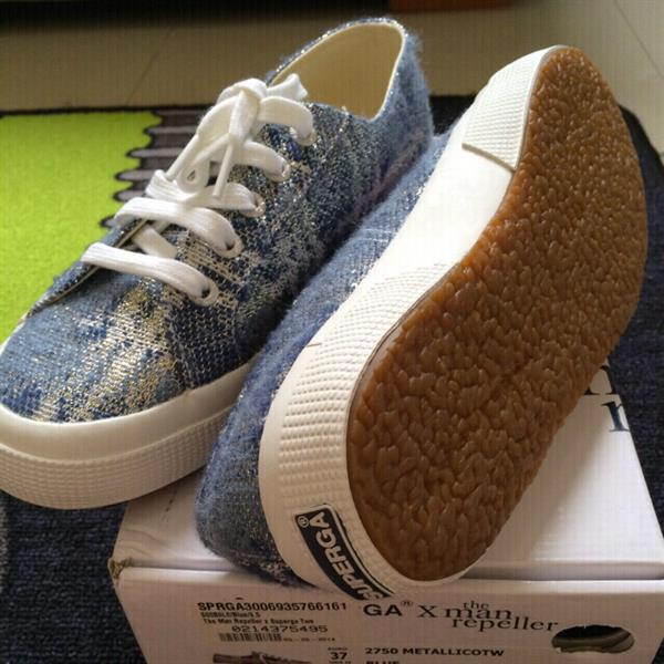 Used Superga X The Man Repeller Blue Tweed Shoes. Size EU 37. Brand New Still In Box With Tags. in Dubai, UAE