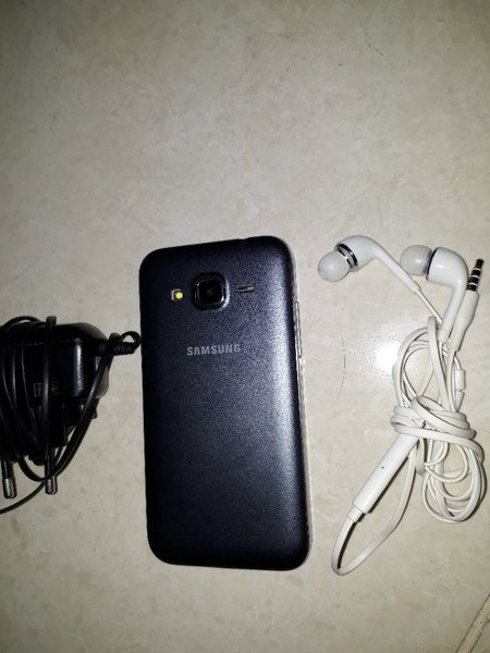 Used Samsung galaxy core prime used original in Dubai, UAE