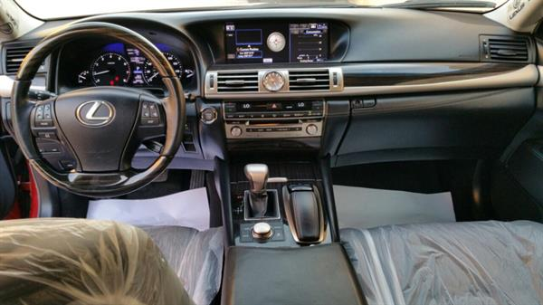 Used ls460 for sale negotiable perfect condition  in Dubai, UAE