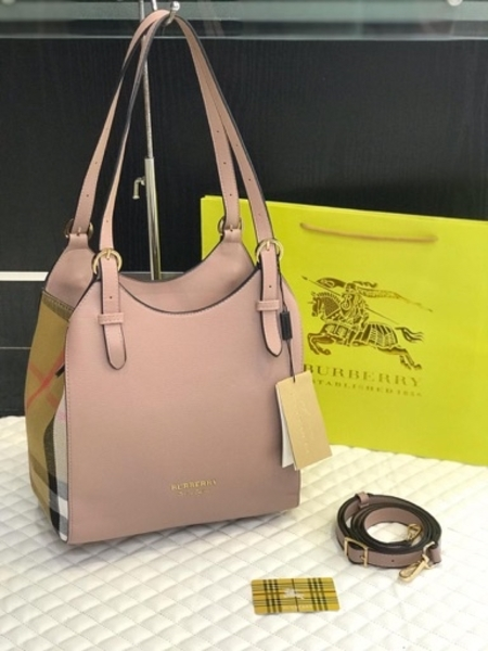 Used BURBERRY LADIES BAG PINK in Dubai, UAE