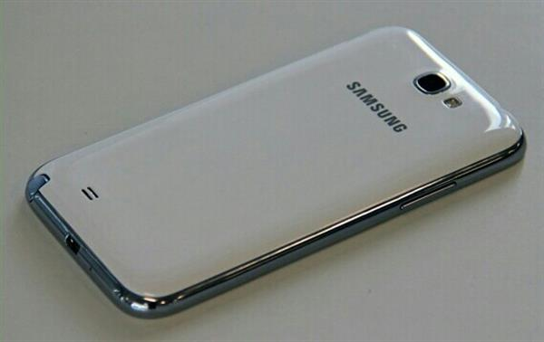 Used Samsung Galaxy Note 2 Used Very Goood Condition Very Clean No Scratch Only Mobile No Any Accesories in Dubai, UAE