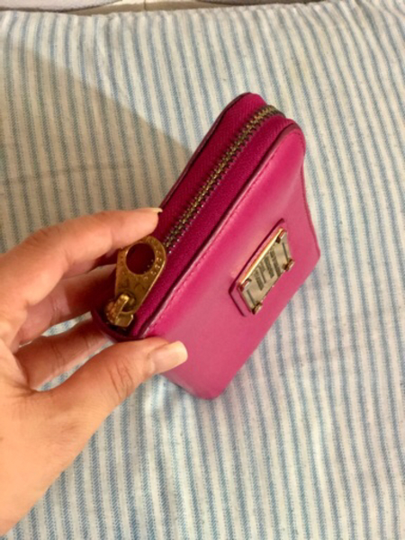 Used Marc Jacobs wallet in Dubai, UAE