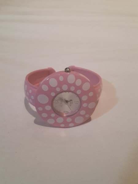 Used Cute pink watch bracelet watch in Dubai, UAE