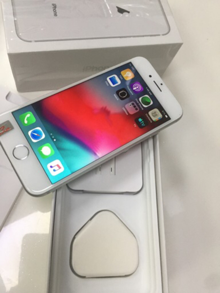 Used iPhone 8 64gb with box accessories for s in Dubai, UAE