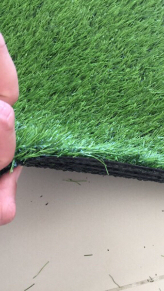 Used Grass carpet cgt 30 mm for balcony in Dubai, UAE