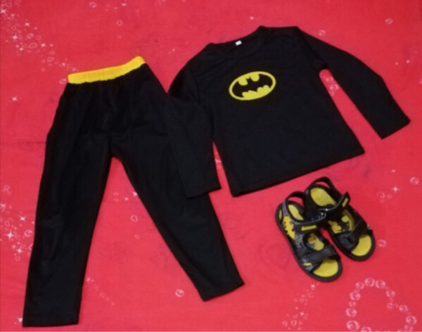Used Batman uniform size 5 , shoes size 31 in Dubai, UAE