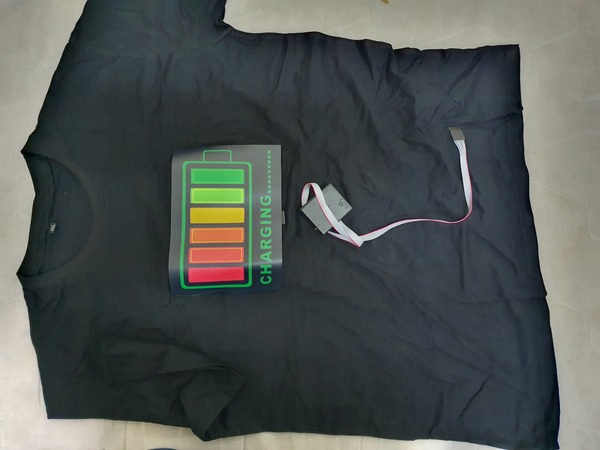 Used LED voice activated music t shirt medium in Dubai, UAE