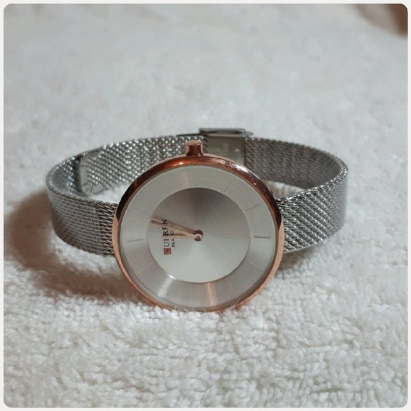 Used Brand New Watch For her....fabulous in Dubai, UAE