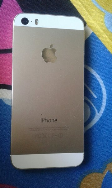 Used I phone 5s 32 GB in Dubai, UAE