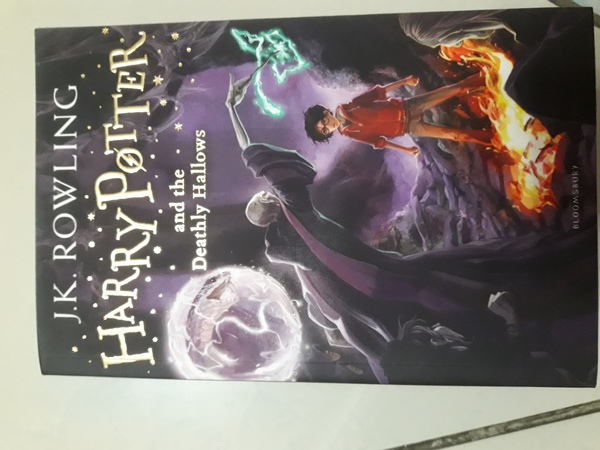 Used Harry Potter book deathly Hallows in Dubai, UAE