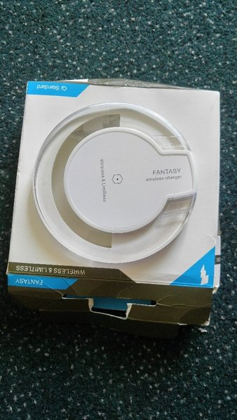Used Fantasy fast wireless charger in Dubai, UAE