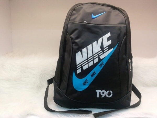 Used Back pack Nike in Dubai, UAE