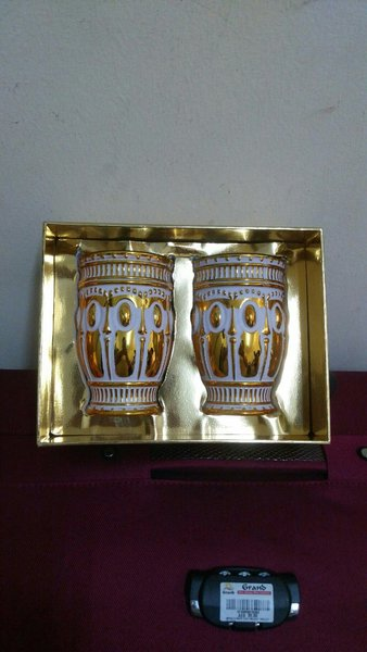 Used Iconic 2 Cups..New Years Offer in Dubai, UAE