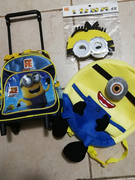 Used Hey minion lovers, bags for your kids in Dubai, UAE