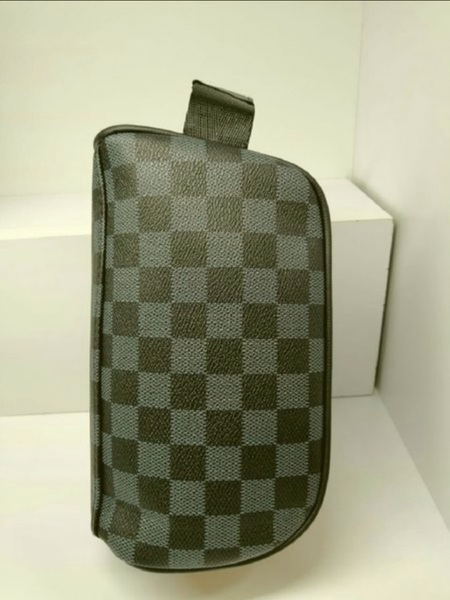 Used Louis Vuitton Bag Unisex in Dubai, UAE