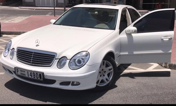 Used E240 Full Options in Dubai, UAE