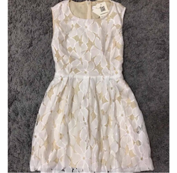 Used Cute floral lace dress in Dubai, UAE