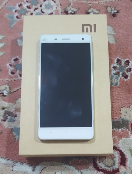 Used Mi 4 Brand New With All Accessories, Back Cover And Tempered Glasd in Dubai, UAE
