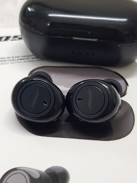 Used Bose very good new eee in Dubai, UAE