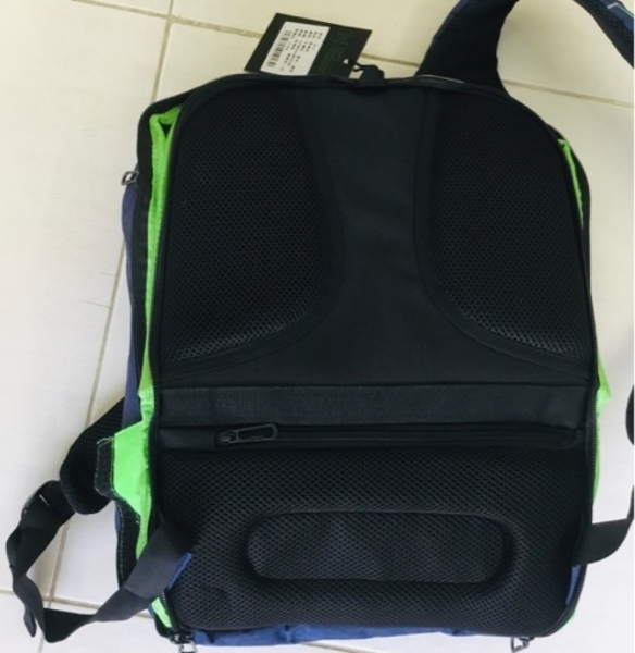 Used Men waterproof usb bag new in Dubai, UAE