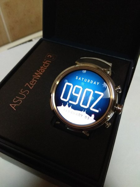 Used Asus ZenWatch 3 New with warranty in Dubai, UAE