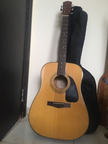 Used Fender Classical Acoustic Guitar in Dubai, UAE