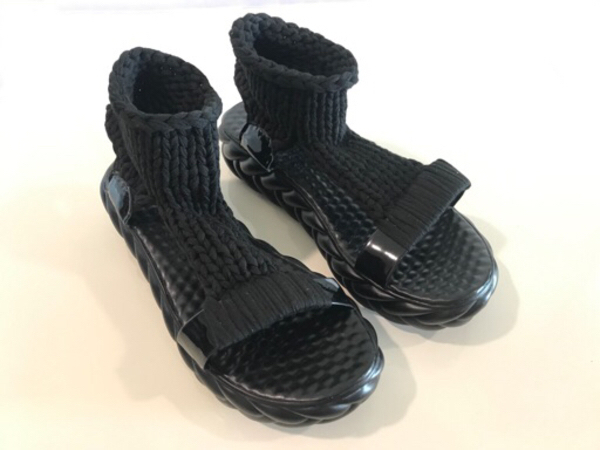 Used NEW Woven Heightening Sandals Size 38/39 in Dubai, UAE