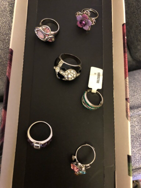 Used Rings 6 pieces new and used in Dubai, UAE