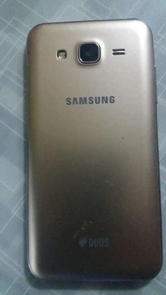 Used Samsung j5 2015 Nov in Dubai, UAE