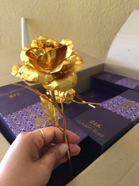 Used 24K golden rose  in Dubai, UAE