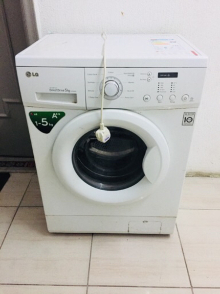 Used LG Washing Machine 5Kg Front Load in Dubai, UAE