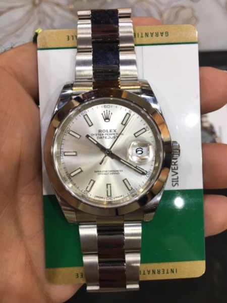 Used Rolex Date-just 2 New never Been worn  in Dubai, UAE