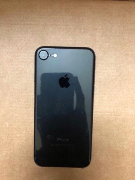 Used iPhone 7 128 Gb For Sale,Clean Condition in Dubai, UAE