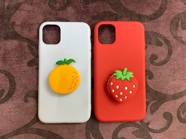 Used 2ps iphone 11 covers with holders in Dubai, UAE