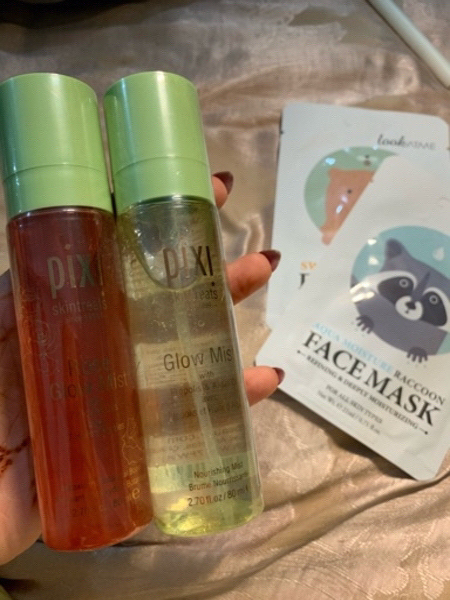 Used 2 new pixi mists and free sheet masks in Dubai, UAE