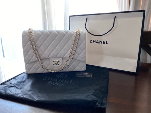 Used Chanel Jumbo Bag in Dubai, UAE