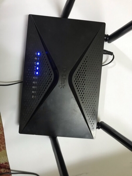 Used Dlink hispeed router Ac1300 in Dubai, UAE