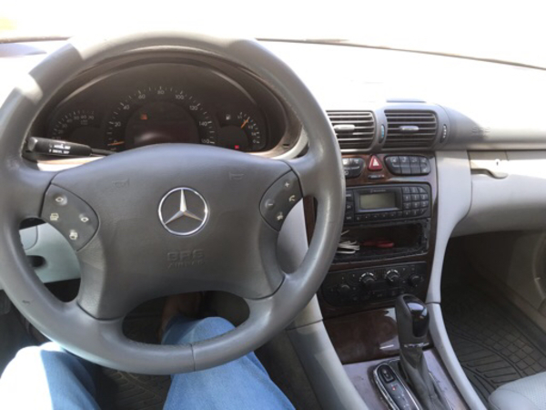 Used Mercedes Benz C240 in Dubai, UAE