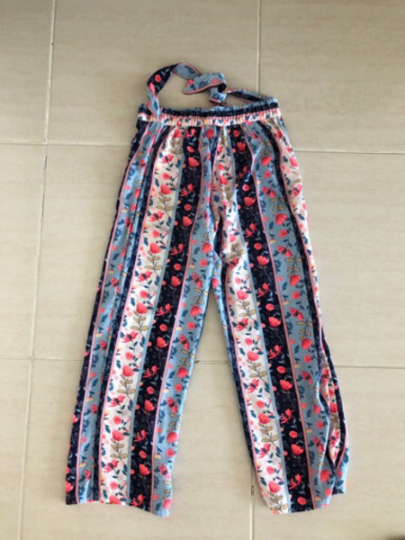 Used Trousers for a girl 8-9 years old in Dubai, UAE