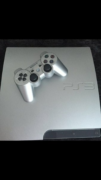 Used PS3 with 10 games and 3 joystick in Dubai, UAE
