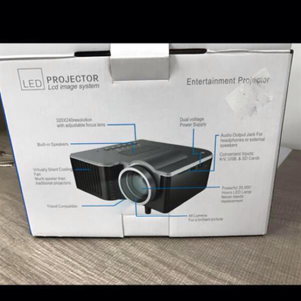 Used LED Projector With 60 Inch Screen.  in Dubai, UAE