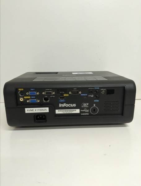 Used INFOCUS PROJECTOR WITH HDMI in Dubai, UAE