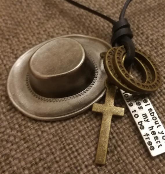 Used Lether Cowboy Necklace New in Dubai, UAE