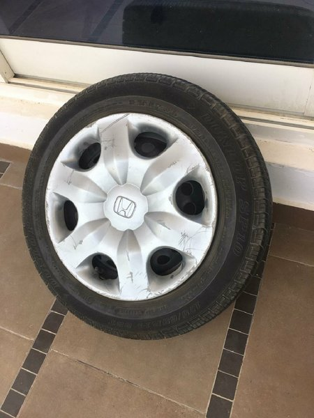 Used 4pcs tyre..all for 150 in Dubai, UAE
