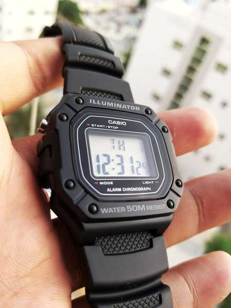 Used CASIO illuminator Sports Watch▪✔Original in Dubai, UAE