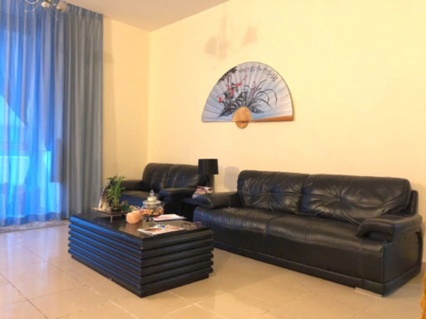 Used Sofa 3+2+1 with coffee and side table in Dubai, UAE