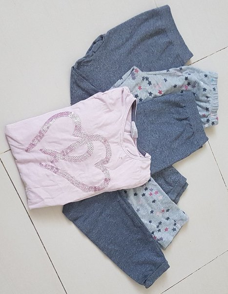 Used Bundle: girls dress shirt + 3 leggings in Dubai, UAE