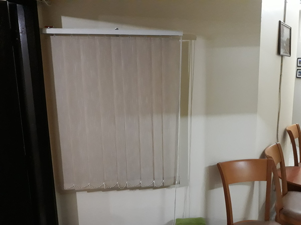 Used Sedar Folding Blinds Curtain in Dubai, UAE