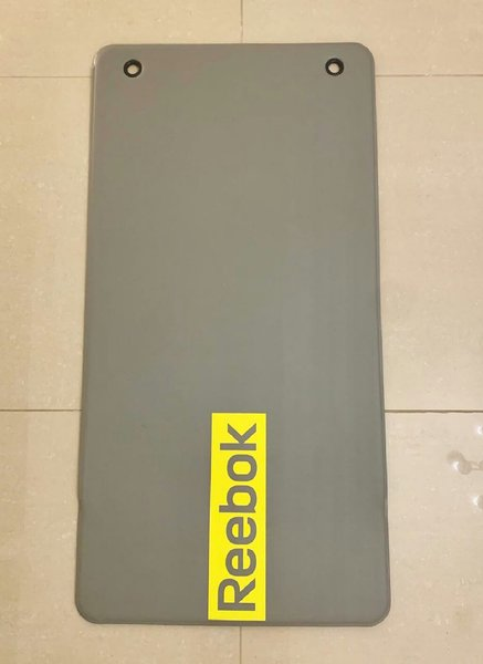 Used Reebok yoga mate in Dubai, UAE